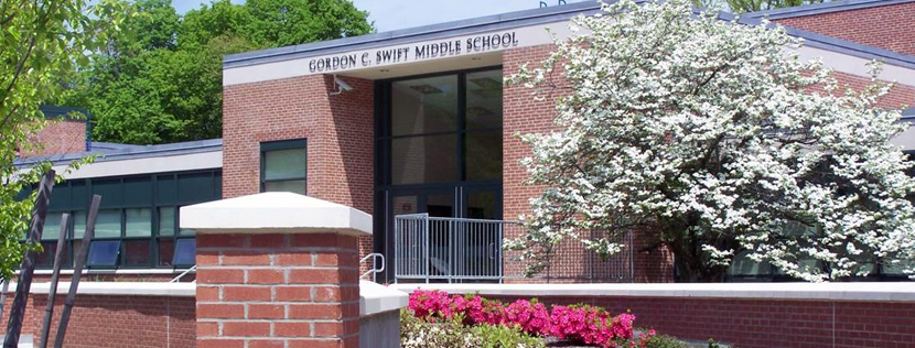 Swift Middle School Front of School